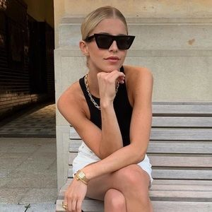 Celine Accessories - 🕶Edgy Flat Bridge Cat Eye Sunglasses